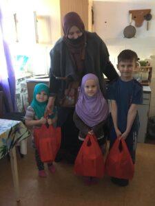 «Солодкий іфтар» у Запоріжжі: діти з неповних сімей отримали подарункові пакунки