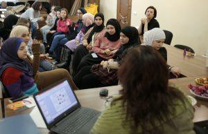 Надбання та кризи підліткового віку: семінар для юних мусульманок